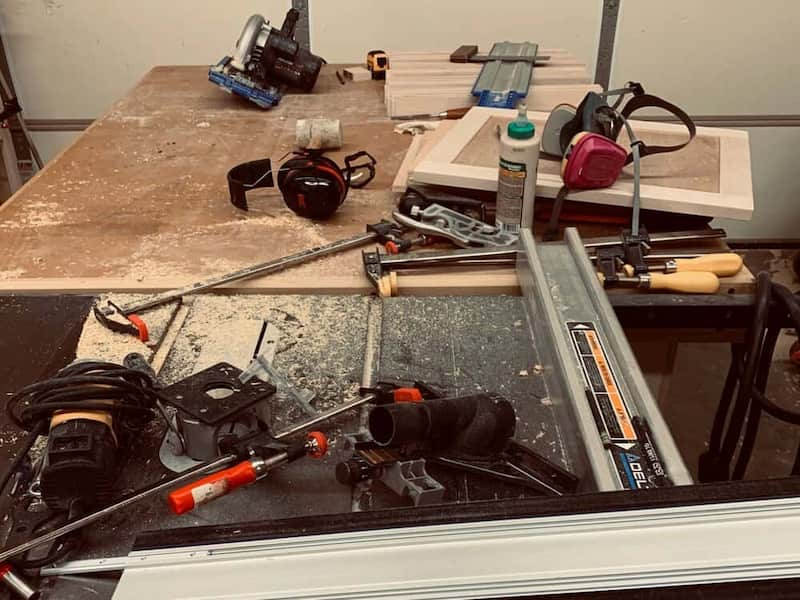 I'm a Messy Woodworker Who Screws Up Constantly – 5 Things That Help